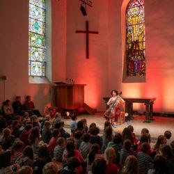 Concert pour enfants, Ana Carla Maza - temple (c) Michel Bertholet